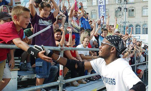 "Superstimmung beim ""Homeless World Cup"" 2003 in Graz"