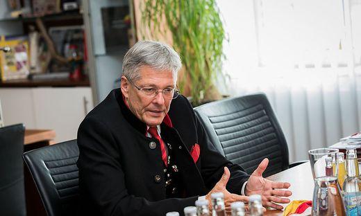 Landeshauptmann Peter Kaiser LH Kaernten 10. Oktober Feier Landesregierung Klagenfurt