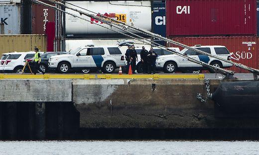 Die beiden Dealer wurden am Hafen befreit und dann verhaftet (Sujetfoto)