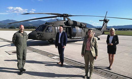 Ministerin Klaudia Tanner mit den ÖVP-Politikern Isabella Kaltenegger und Bruno Aschenbrenner