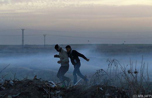 Israel greift Hamas-Einrichtungen an