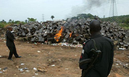 NIGERIA-AFRICA-DRUGS-COUNTERFEIT-HEALTH