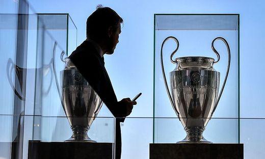 Wegen Coronavirus Auch Ein Achtelfinale In Der Champions League