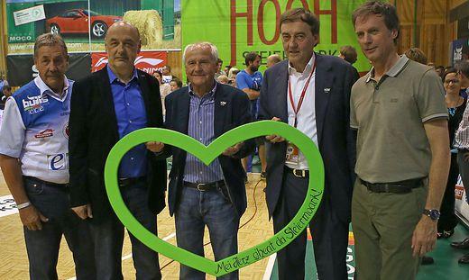 Karl Detschmann (Mitte) mit Peter Putzgruber, Manfred Wegscheider, Heribert Krammer und Fritz Kratzer