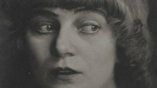 Emmy Ball-Hennings: Muse, Überlebenskünstlerin, Schriftstellerin, Dadaismus-Vorreiterin