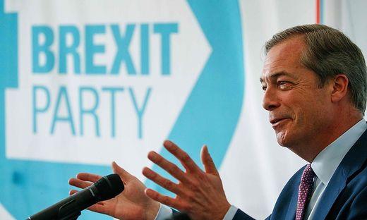 """Ukip- und nunmehr """"Brexit Party""""-Gründer Nigel Farage bei der Präsentation seiner Wahlkampagne zur EU-Wahl"""