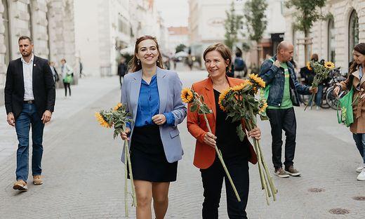 Justizministerin Zadic begleitete Schwentner heute  als Wahlkampfhelferin