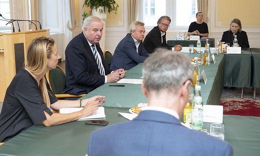 Treffen in der Grazer Burg