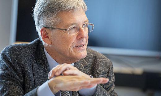 Sieht vorerst keinen Grund für einen Lockdown in Kärnten: Landeshauptmann Peter Kaiser