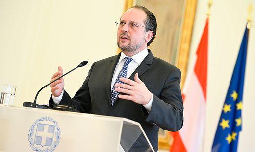 Außenministerium gibt weltweite Reisewarnung aus