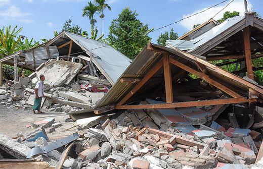 Indonesien: 500 Wanderer von Vulkan gerettet