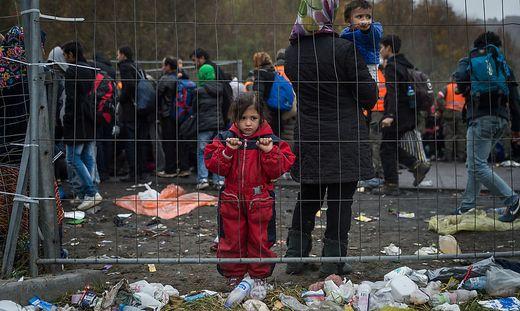 Ein Bild, nicht aus Moria, nicht aus Lipa, sondern vom Grenzübergang Spielfeld vor sechs Jahren
