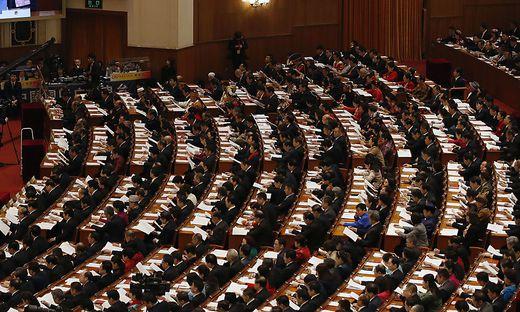 China rüstet auf und unbeschränkte Macht für Xi Jinping