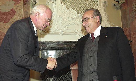 Mader (rechts), 2002 mit Herwig van Staa