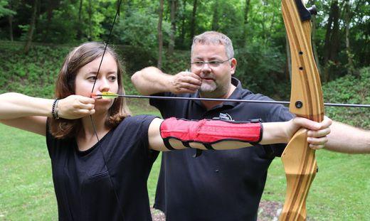 Draußen Daheim: Stehen, strecken und schießen wie Robin Hood