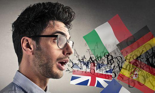 Mehrsprachigkeit beflügelt das kreative Denken; das hat jetzt der Wissenschaftler Alexander Onysko herausgefunden