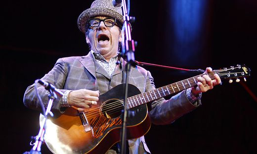 KONZERT: 'ELVIS COSTELLO'