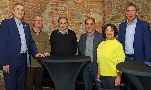 Rudischer, Tomaschek, Rosenblattl, Lukas, Schmalix und Meißl diskutierten in Mürzzuschlag