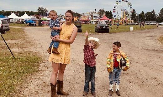In Michigan lebte Sarah Grabner auf einer Farm und passte auf drei Buben auf