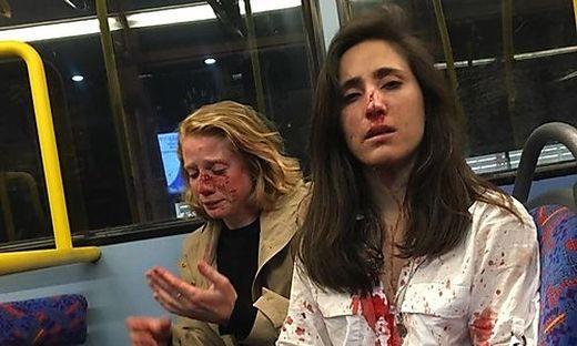 Das Paar war in einem Londoner Bus attackiert worden