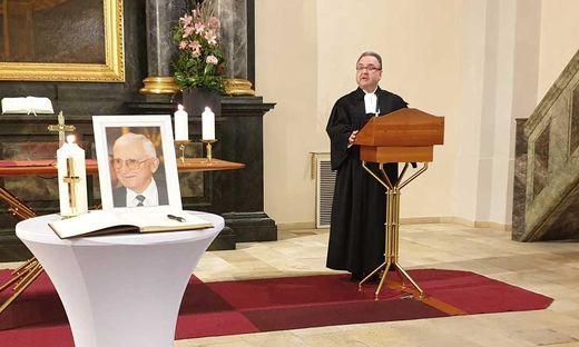 Bischof Michael Chalupka bei der Gedenkfeier am Sonntag in der Grazer Heilandskirche