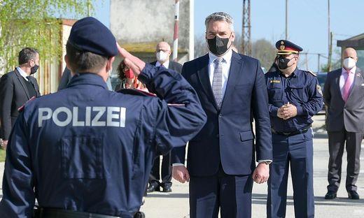 Innenminister Karl Nehammer (ÖVP) auf seiner aktuellen Westbalkanreise