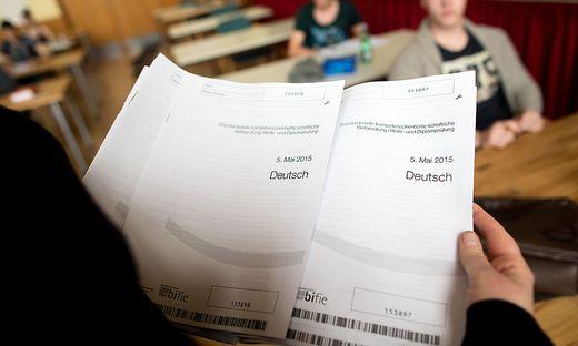 Lehre mit Matura umfasst vier Prüfungen, darunter auch Deutsch