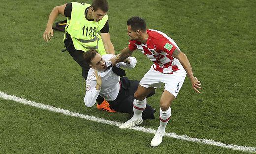 Wersilow stürmte beim Finale der Fußball-Weltmeisterschaft im Juli das Spielfeld, um gegen die Unterdrückung politisch Andersdenkender in Russland zu protestieren