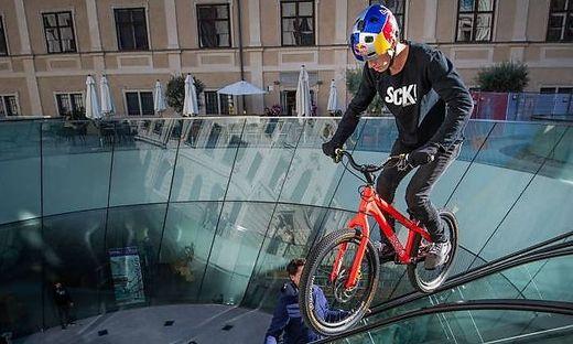 Fabio Wibmer in action