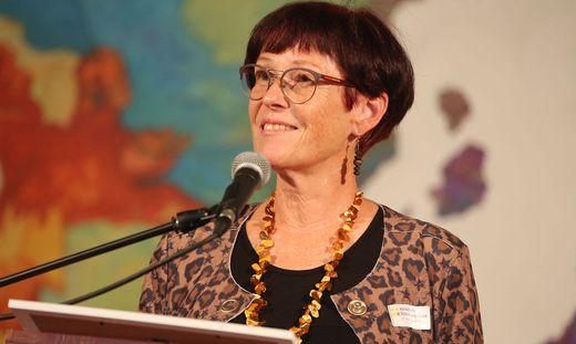 Uebersetzerin Erna Pfeiffer ausgezeichnet