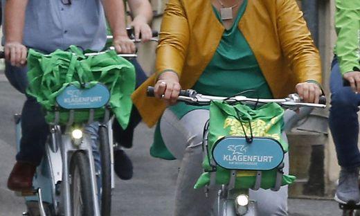 Den Wahlkampfauftakt in Klagenfurt gingen die Grünen radelnd an