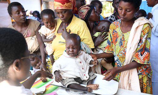 Vor allem in den ärmsten Ländern braucht es auch im medizinische Bereich noch viele Entwicklungshilfe