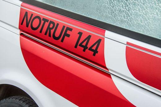 Dienstagabend wurden zwei Autofahrer bei einem Unfall auf der A9 verletzt