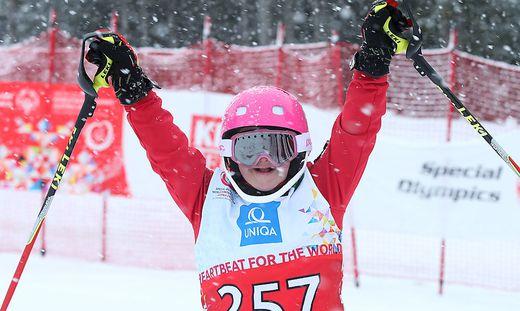Skifahren ist eine von neun Sportarten