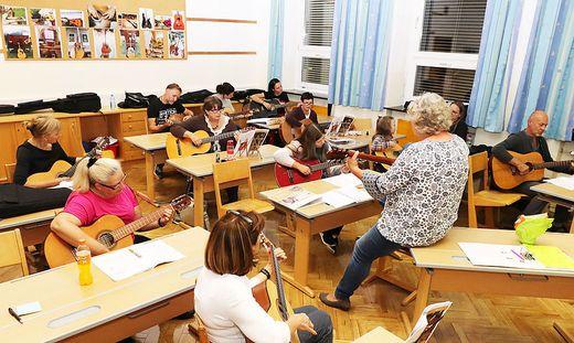 Unter anderem findet der Simply-Guitar-Gitarrenkurs in der VS 2 statt