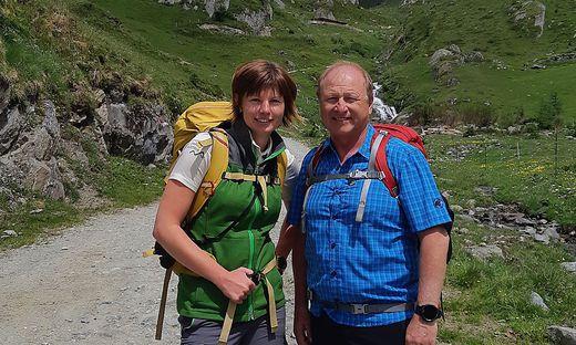Harry Prünster mit Nationalpark-Rangerin Maria Mattersberger