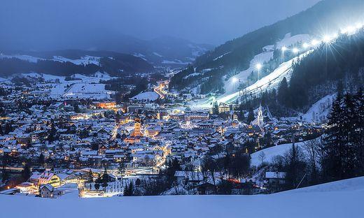 Winter, blaue Stunde in Schladming
