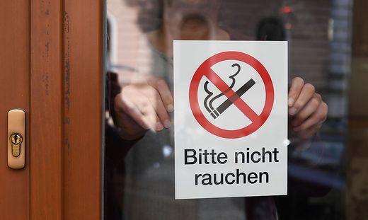Rauchen in Lokalen ist seit einem Jahr verboten: Die meisten Gäste hätten sich daran gewöhnt