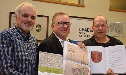 Autor Franz Jäger, Bgm. Karl Wratschko und Projektleiter Otto Knaus