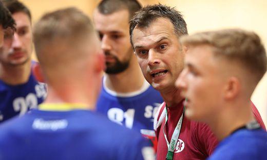 Pusht seine Mannschaft: Ferlach-Cheftrainer Miro Barisic