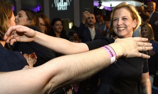 Party in Pink: Neos feierten Meinl-Reisinger