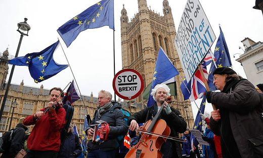 BRITAIN-GERMANY-EU-POLITICS-BREXIT-MUSIC