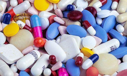 Medikamente, Impfungen, Covid