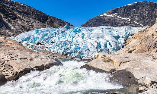 Mit dem verlorenen Eis-Volumen hätte die Fläche der Schweiz alljährlich sechs Meter unter Wasser gesetzt werden können