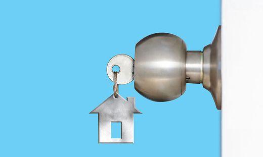 ihr gutes recht ob man dem vermieter im urlaub einen wohnungsschl ssel geben muss. Black Bedroom Furniture Sets. Home Design Ideas