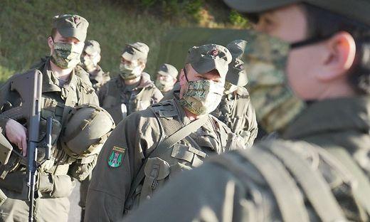Miliz rückt ein