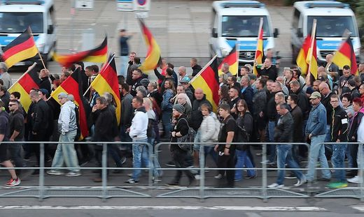 In Chemnitz finden seit Wochen fast täglich Proteste statt. Immer wieder kommt es dabei zu Ausschreitungen