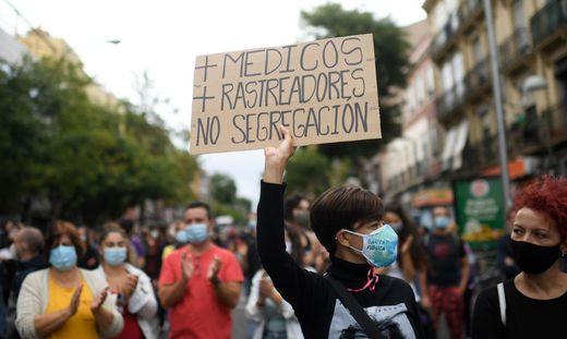 Madrilenen protestieren gegen die Corona-Maßnahmen