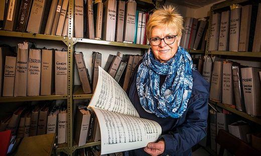 """""""Jede Note hat ihren Platz"""", sagt Eva Retsch, Notenarchivarin der Dommusik Klagenfurt"""
