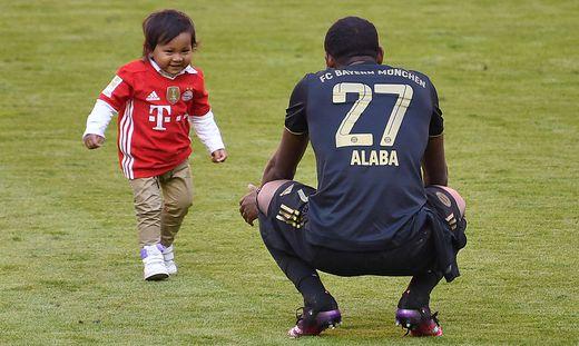 David Alaba mit Sohn